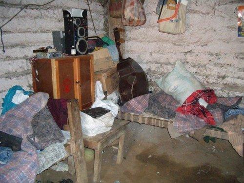 5 people sleep here 1.jpg