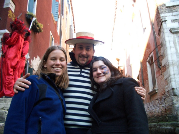 with gondolier.jpg